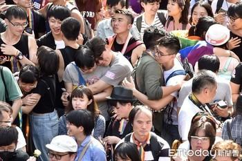 台湾「同性婚」法案可決5.jpg